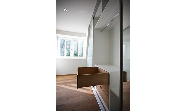 leipzig tischlerei insektenschutzgitter fliegengitter raumplus gleitt rsysteme 04 ankleide. Black Bedroom Furniture Sets. Home Design Ideas