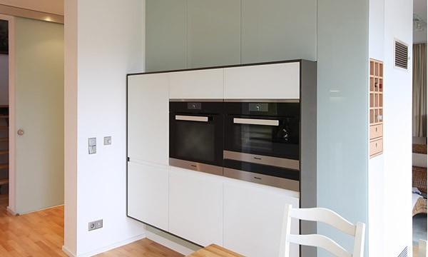 leipzig tischlerei insektenschutzgitter fliegengitter raumplus gleitt rsysteme k che. Black Bedroom Furniture Sets. Home Design Ideas
