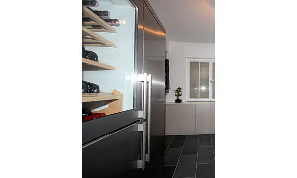 leipzig tischlerei insektenschutzgitter fliegengitter raumplus gleitt rsysteme 04 k che mit. Black Bedroom Furniture Sets. Home Design Ideas