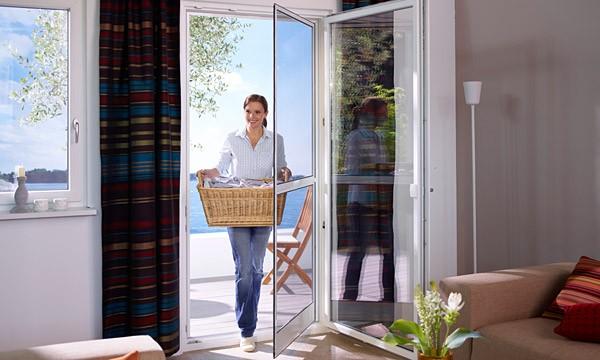 leipzig tischlerei insektenschutzgitter fliegengitter raumplus gleitt rsysteme pendelt r. Black Bedroom Furniture Sets. Home Design Ideas