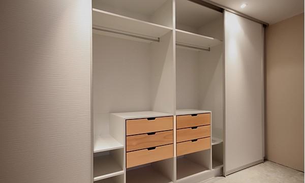 schlafzimmer ohne schrank gestalten led beleuchtung und