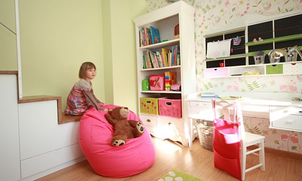 kinderzimmer begehbarer kleiderschrank arbeitsplatz kinderzimmer ideen 211 bilder. Black Bedroom Furniture Sets. Home Design Ideas