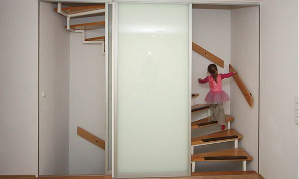 Gut gemocht Raumhohe Schiebetüren zum Treppenhaus von Boldt Innenausbau VY41